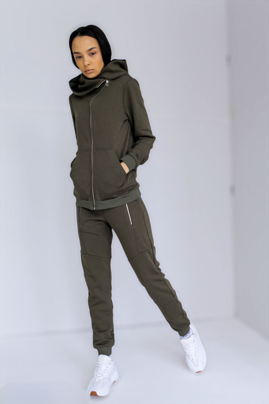 Спортивный костюм Sportswear Essential 2